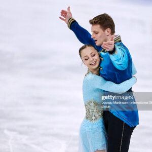 boikova and kozlovskii debut new program lead pairs in stockholm