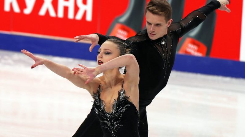 aleksandra boikova and dmitrii kozlovskii it seems that arm choreography was the hardest thing for absolutely all athletes who have ever skated swan lake