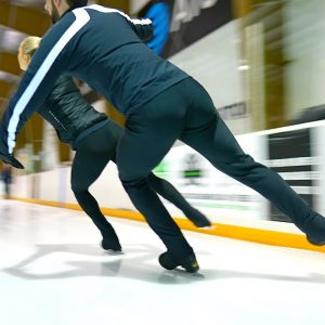 What it feels like to follow behind skaters at ice level (Ashley Cain-Gribble and Timothy LeDuc)